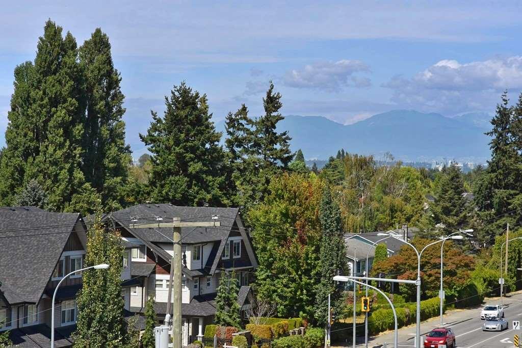 Condo Apartment at 428 10880 NO. 5 ROAD, Unit 428, Richmond, British Columbia. Image 20