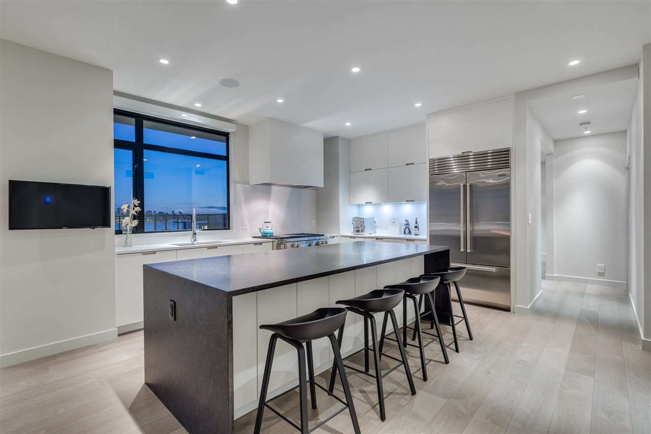 Condo Apartment at 105 W 2ND STREET, North Vancouver, British Columbia. Image 4