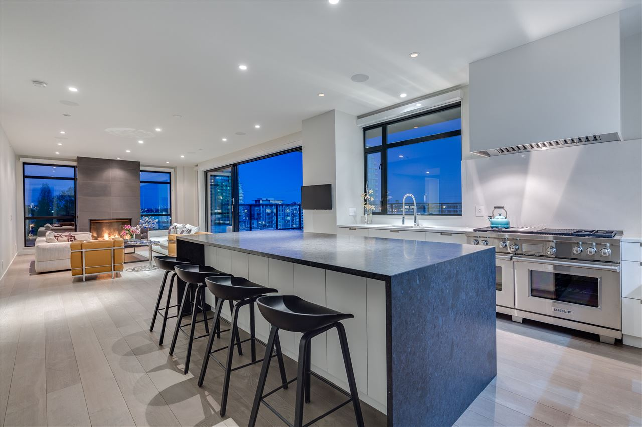 Condo Apartment at 105 W 2ND STREET, North Vancouver, British Columbia. Image 5