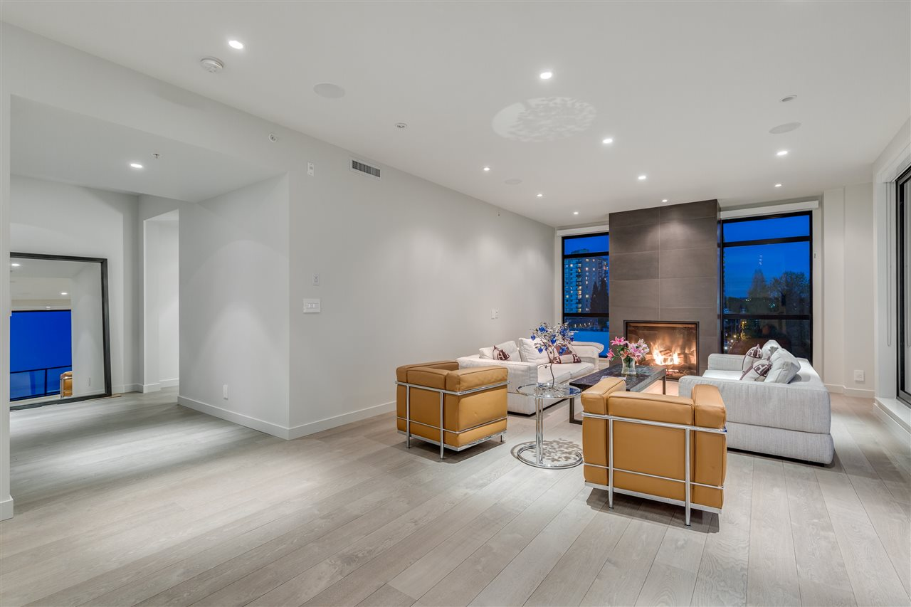 Condo Apartment at 105 W 2ND STREET, North Vancouver, British Columbia. Image 9