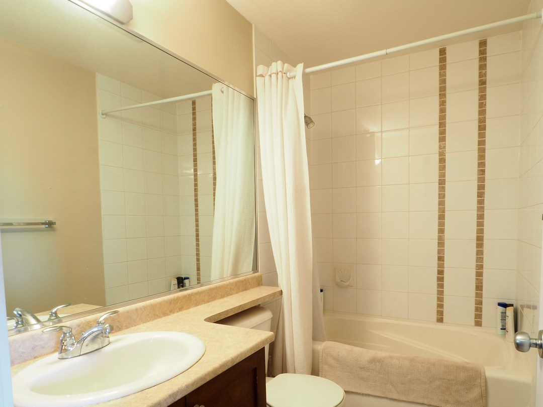 Townhouse at 36 6852 193 STREET, Unit 36, Cloverdale, British Columbia. Image 10