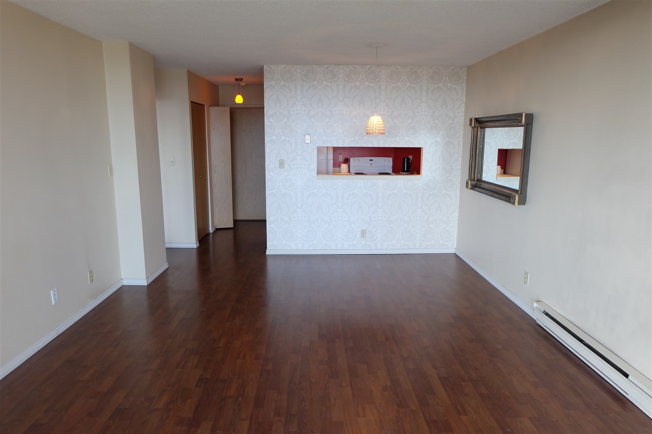Condo Apartment at 403 3760 ALBERT STREET, Unit 403, Burnaby North, British Columbia. Image 2