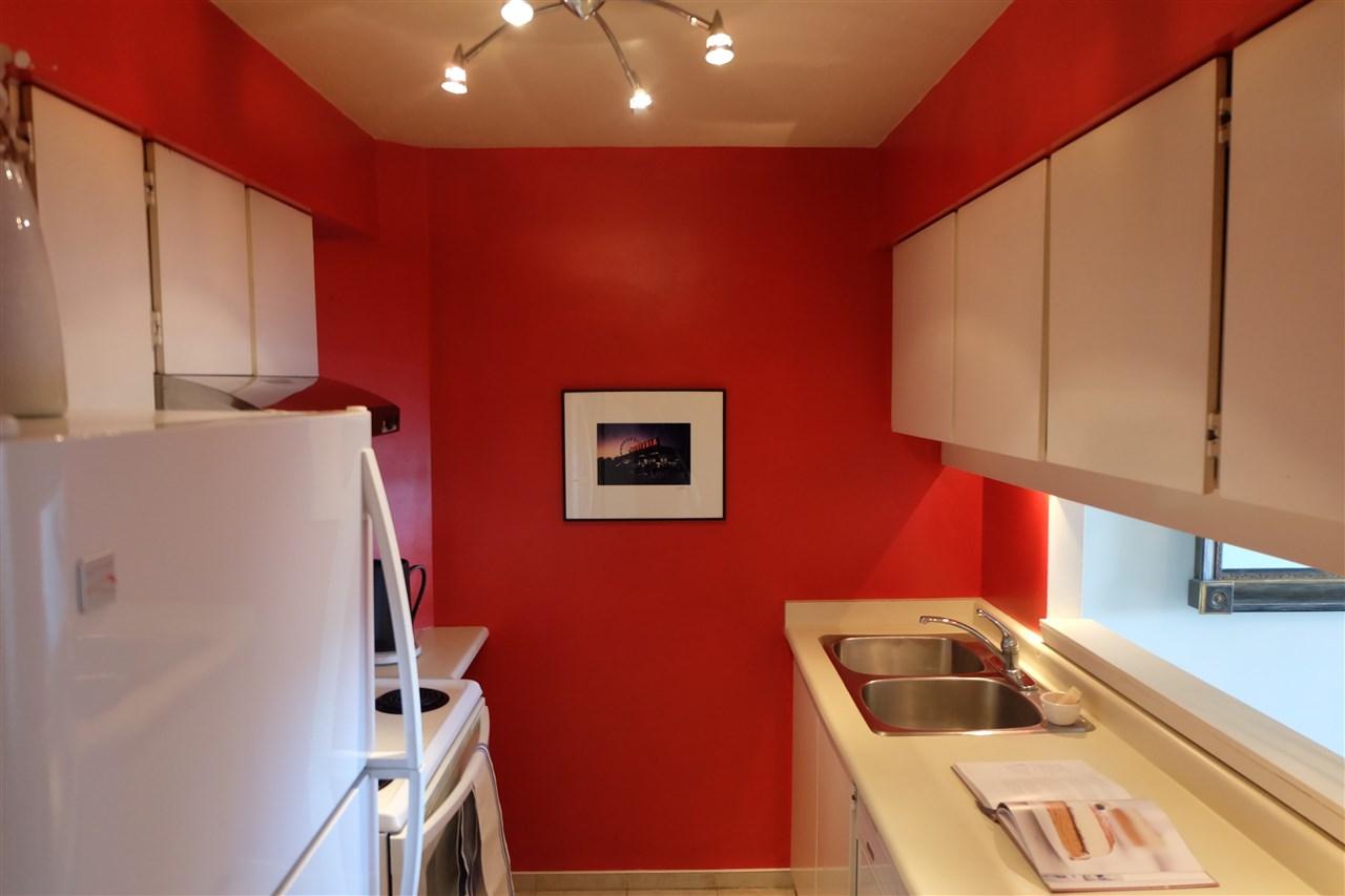 Condo Apartment at 403 3760 ALBERT STREET, Unit 403, Burnaby North, British Columbia. Image 4