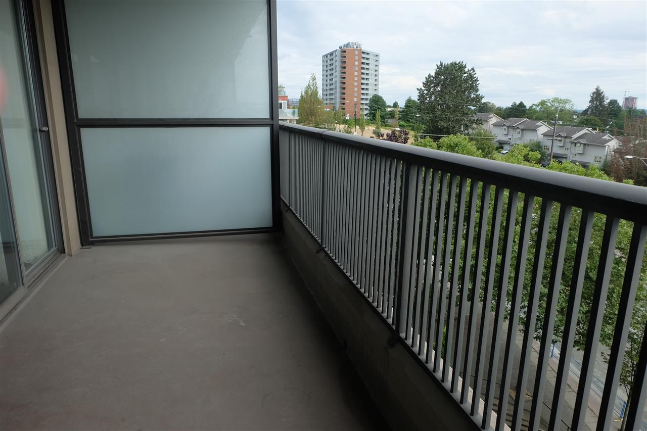 Condo Apartment at 403 3760 ALBERT STREET, Unit 403, Burnaby North, British Columbia. Image 11