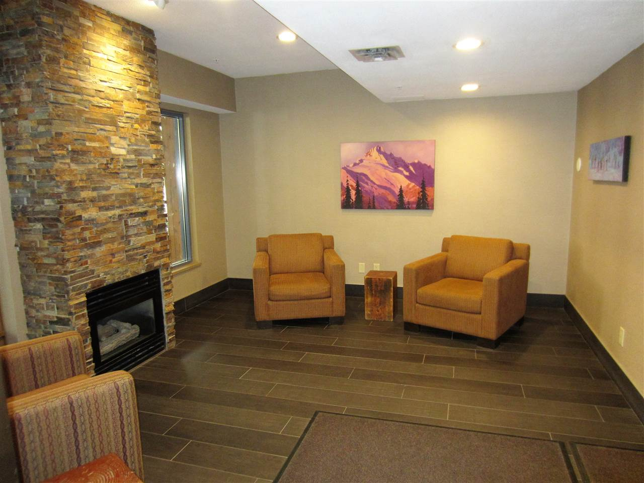 Condo Apartment at 310 4314 MAIN STREET, Unit 310, Whistler, British Columbia. Image 4