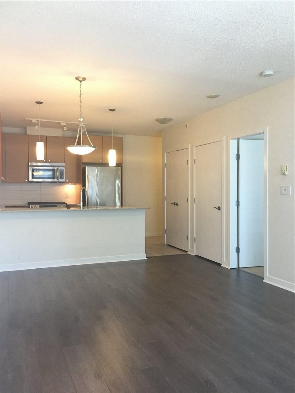 Condo Apartment at 1509 7360 ELMBRIDGE WAY, Unit 1509, Richmond, British Columbia. Image 4
