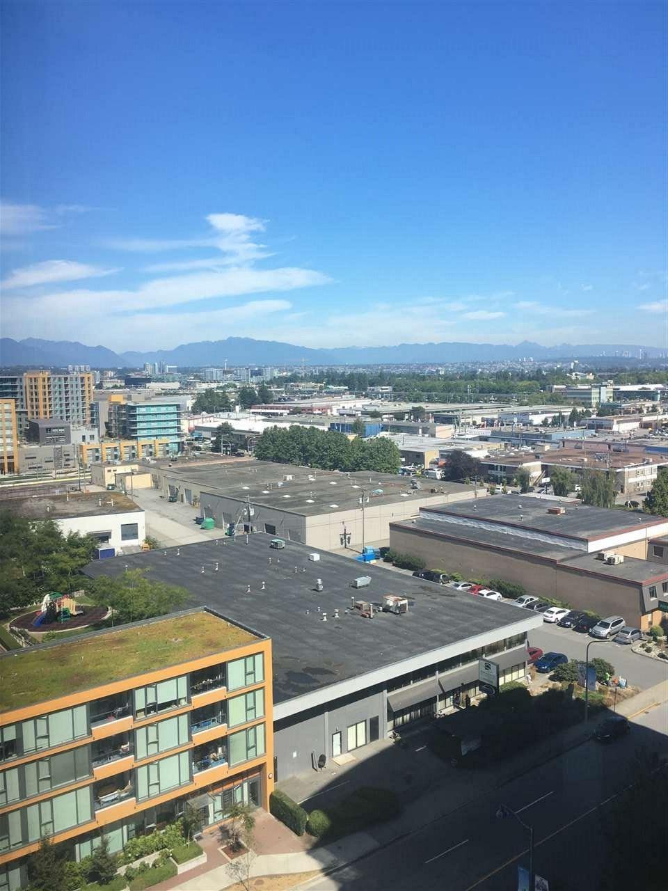 Condo Apartment at 1509 7360 ELMBRIDGE WAY, Unit 1509, Richmond, British Columbia. Image 8