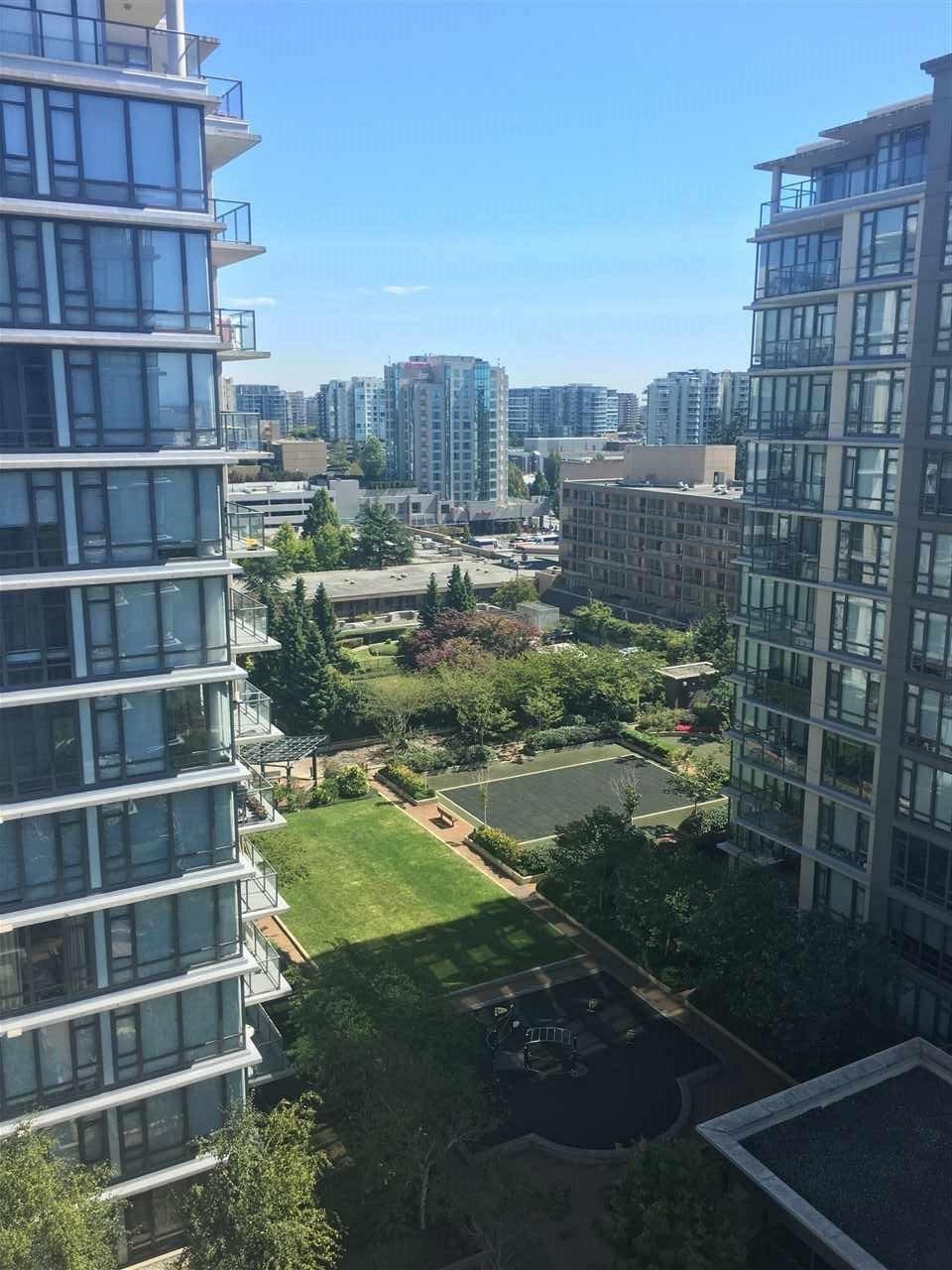 Condo Apartment at 1509 7360 ELMBRIDGE WAY, Unit 1509, Richmond, British Columbia. Image 9