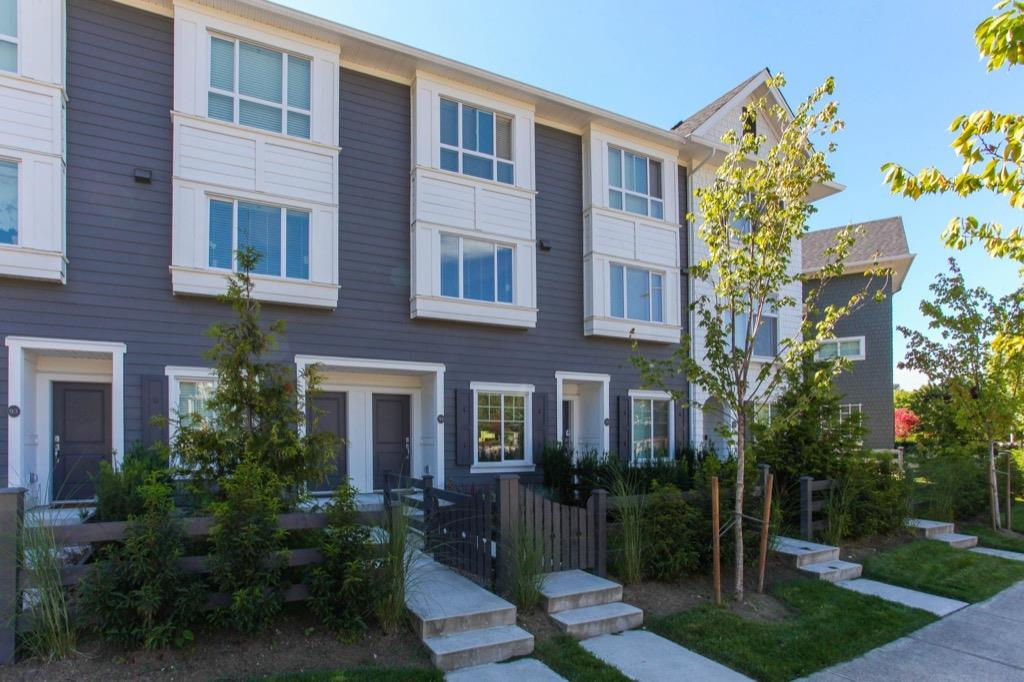 Townhouse at 91 15340 GUILDFORD DRIVE, Unit 91, North Surrey, British Columbia. Image 2