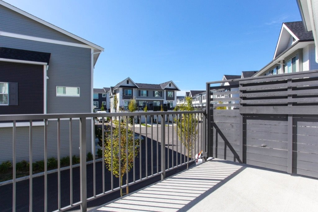 Townhouse at 91 15340 GUILDFORD DRIVE, Unit 91, North Surrey, British Columbia. Image 18