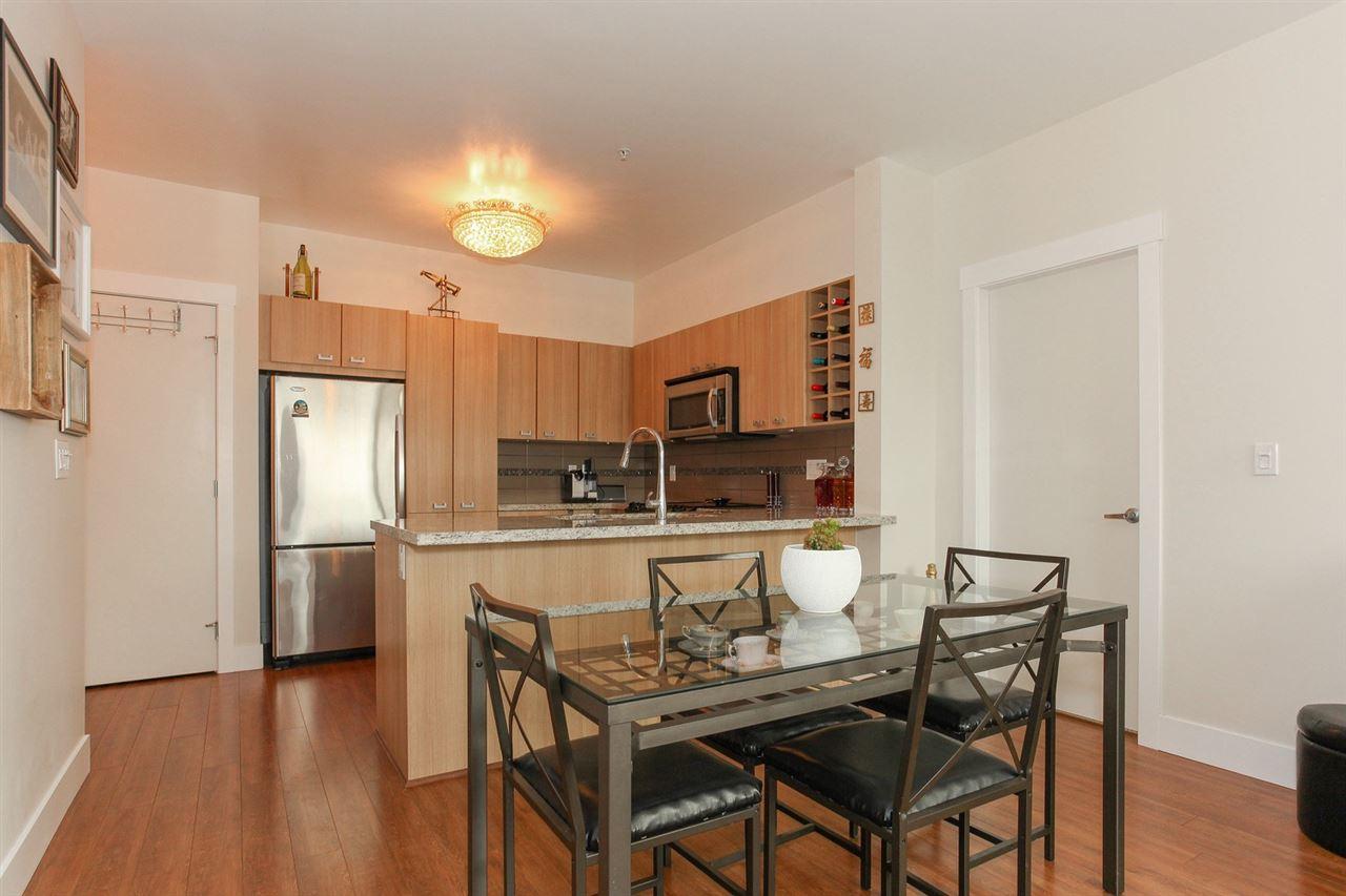 Condo Apartment at 104 709 TWELFTH STREET, Unit 104, New Westminster, British Columbia. Image 6