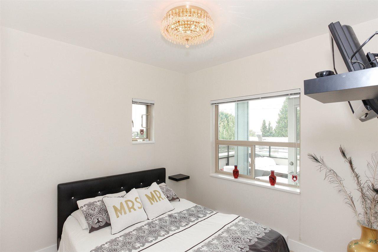 Condo Apartment at 104 709 TWELFTH STREET, Unit 104, New Westminster, British Columbia. Image 10