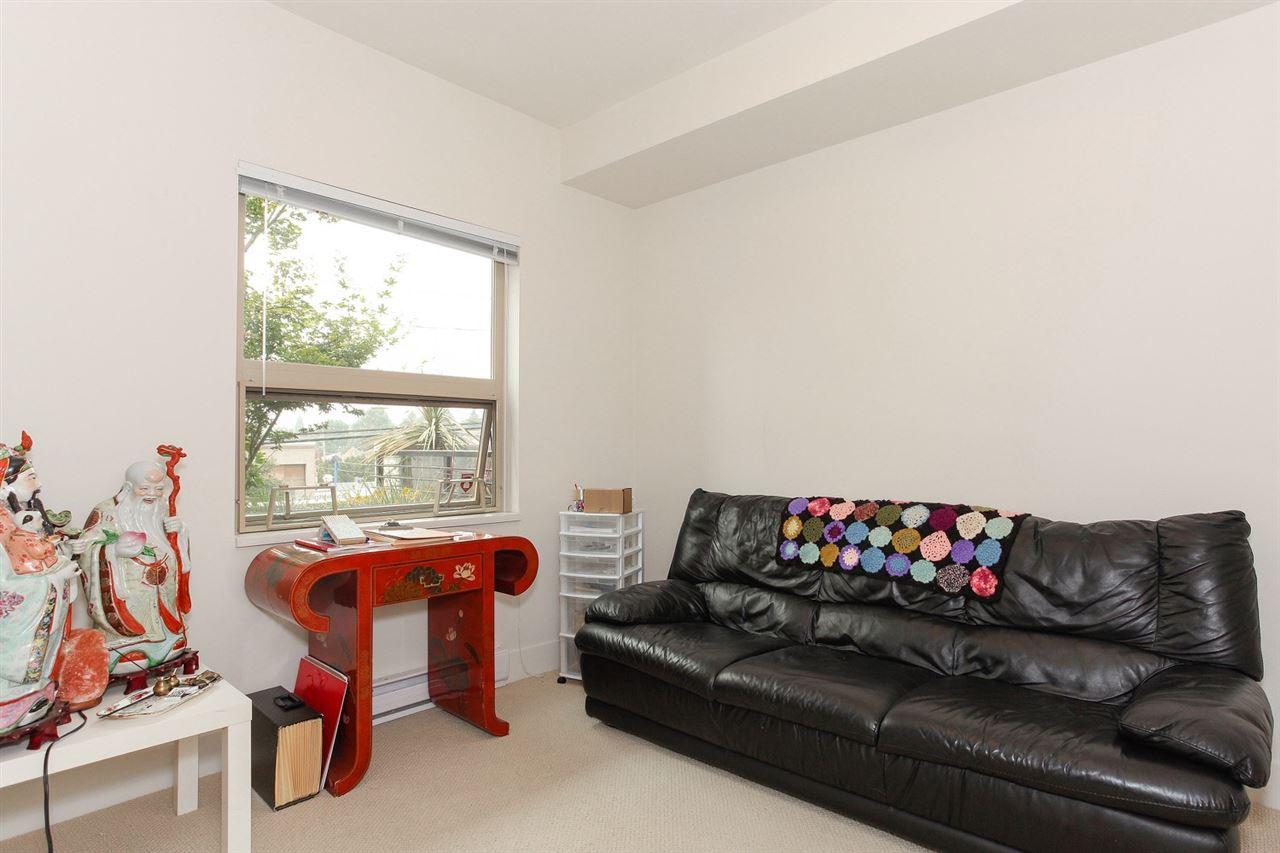 Condo Apartment at 104 709 TWELFTH STREET, Unit 104, New Westminster, British Columbia. Image 14