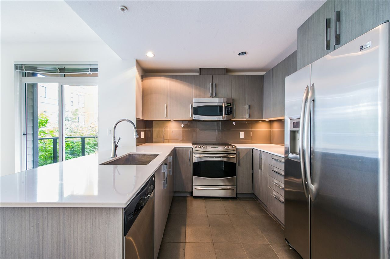 Condo Apartment at 216 3479 WESBROOK MALL, Unit 216, Vancouver West, British Columbia. Image 3