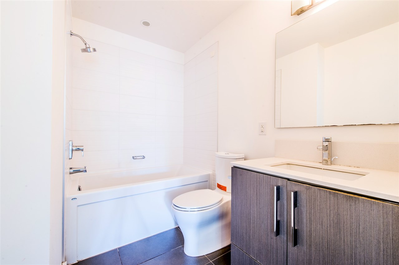 Condo Apartment at 216 3479 WESBROOK MALL, Unit 216, Vancouver West, British Columbia. Image 11