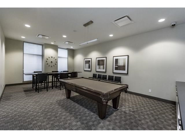 Condo Apartment at 1205 10777 UNIVERSITY DRIVE, Unit 1205, North Surrey, British Columbia. Image 2