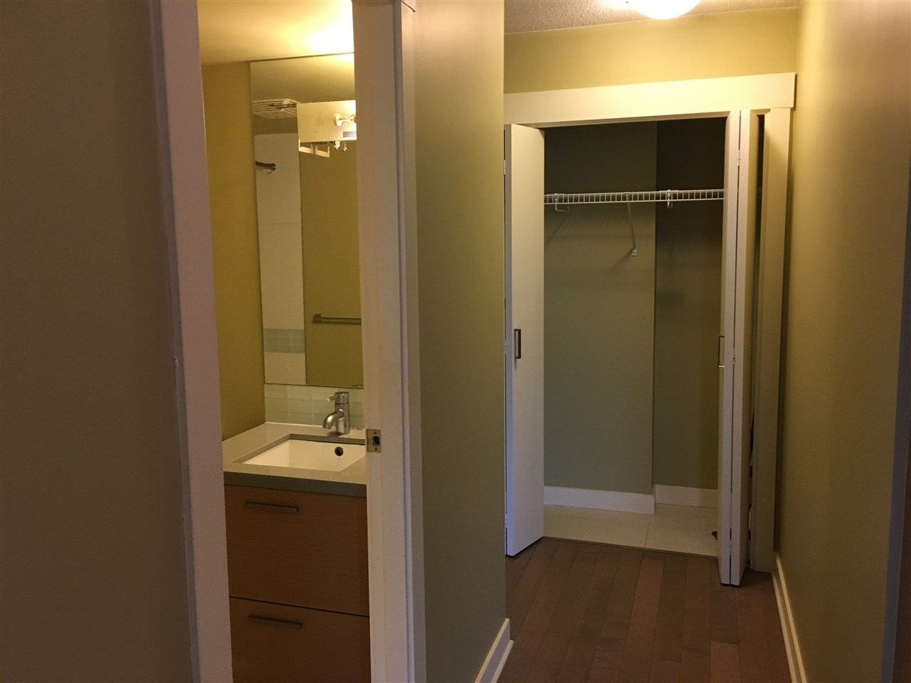 Condo Apartment at 1205 10777 UNIVERSITY DRIVE, Unit 1205, North Surrey, British Columbia. Image 6