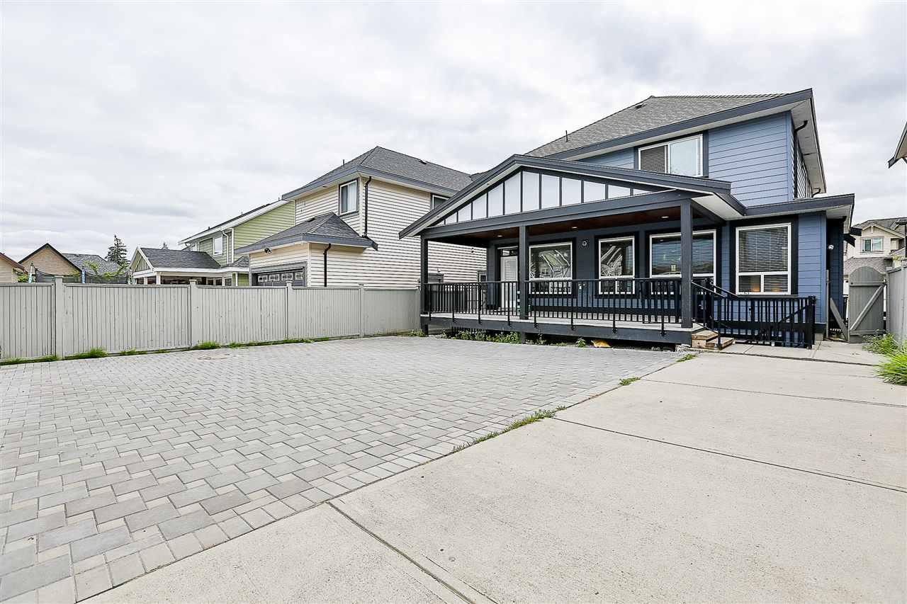 Detached at 14967 59A AVENUE, Surrey, British Columbia. Image 20