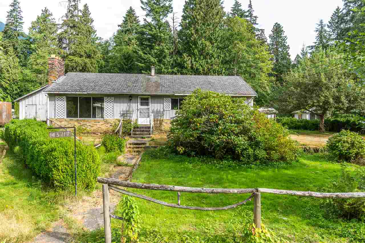 Detached at 43717 OHMAN ROAD, Mission, British Columbia. Image 1