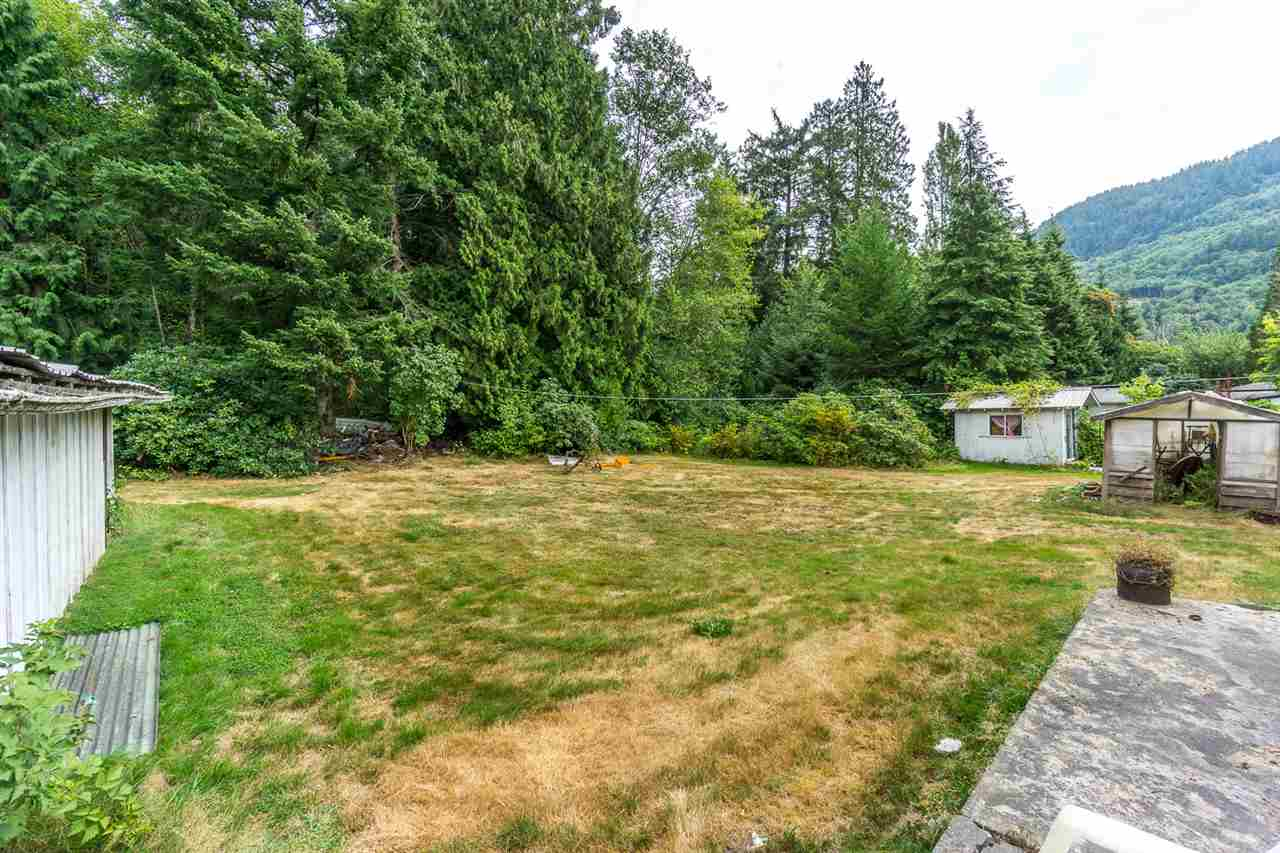 Detached at 43717 OHMAN ROAD, Mission, British Columbia. Image 8