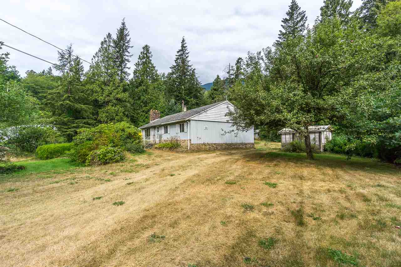 Detached at 43717 OHMAN ROAD, Mission, British Columbia. Image 9