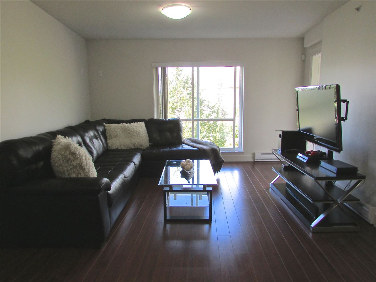 Condo Apartment at 310 12088 75A AVENUE, Unit 310, Surrey, British Columbia. Image 4
