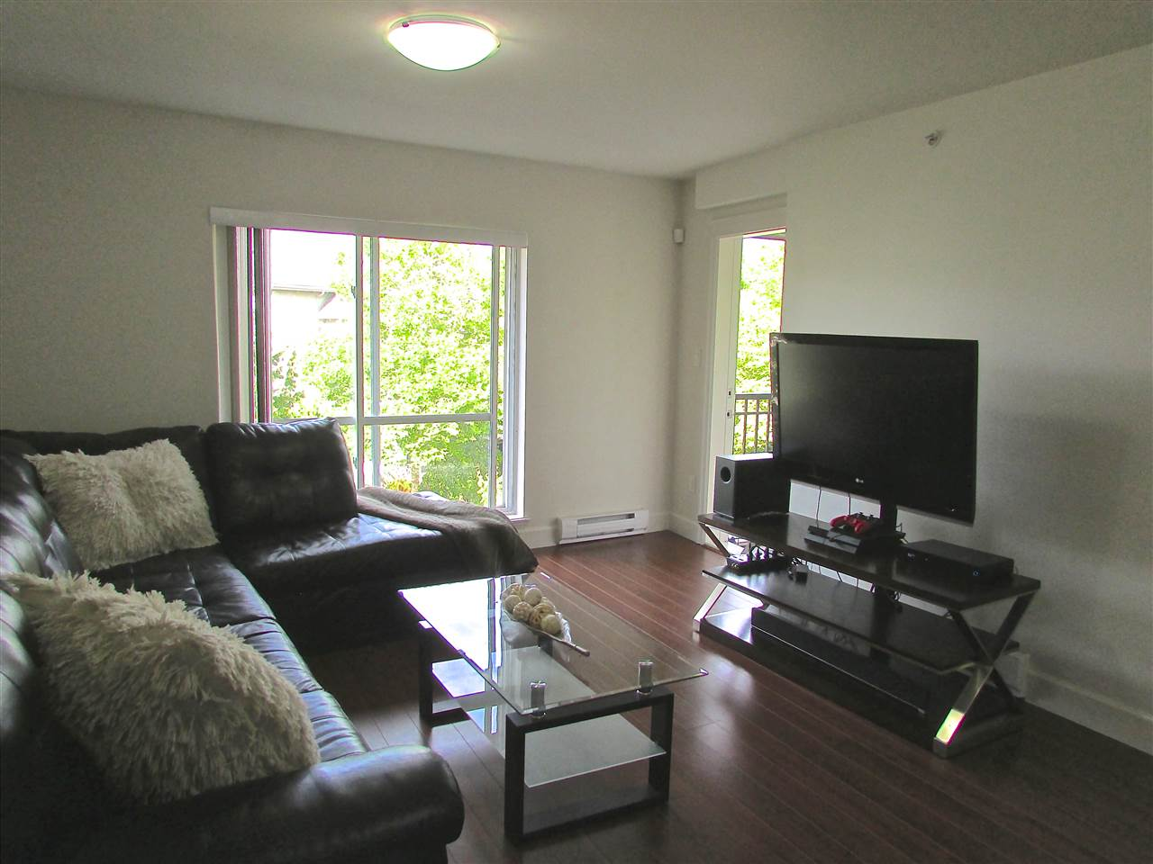Condo Apartment at 310 12088 75A AVENUE, Unit 310, Surrey, British Columbia. Image 5