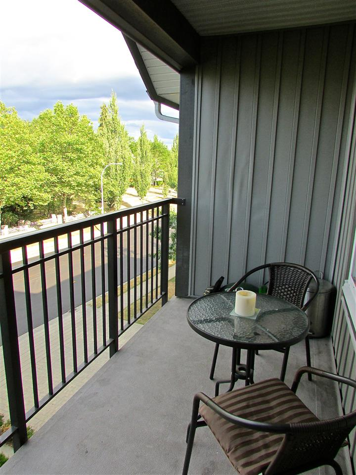 Condo Apartment at 310 12088 75A AVENUE, Unit 310, Surrey, British Columbia. Image 11