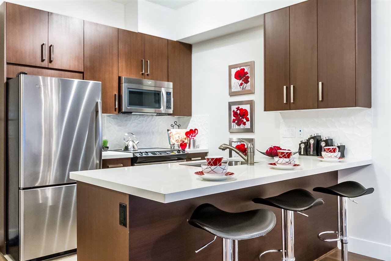 Condo Apartment at 104 5288 BERESFORD STREET, Unit 104, Burnaby South, British Columbia. Image 6