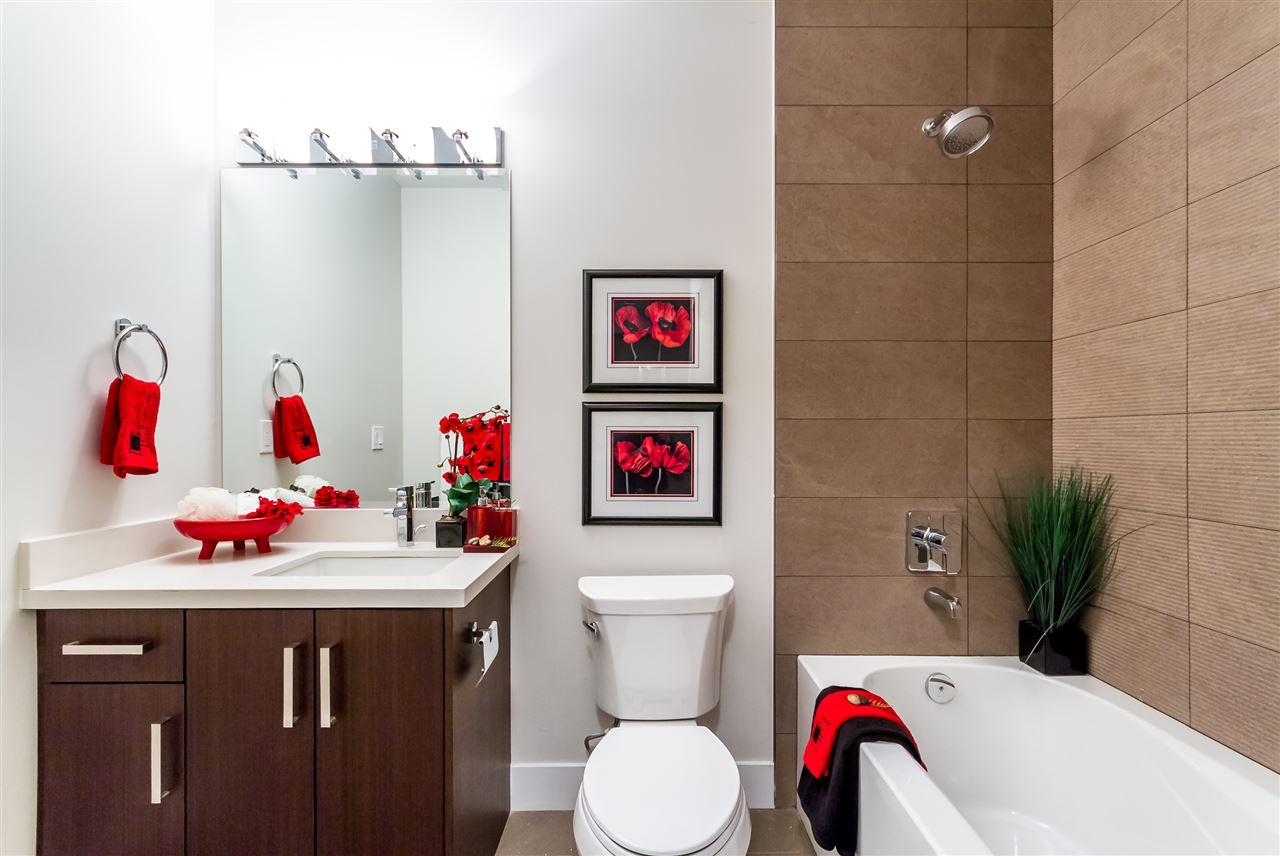 Condo Apartment at 104 5288 BERESFORD STREET, Unit 104, Burnaby South, British Columbia. Image 12