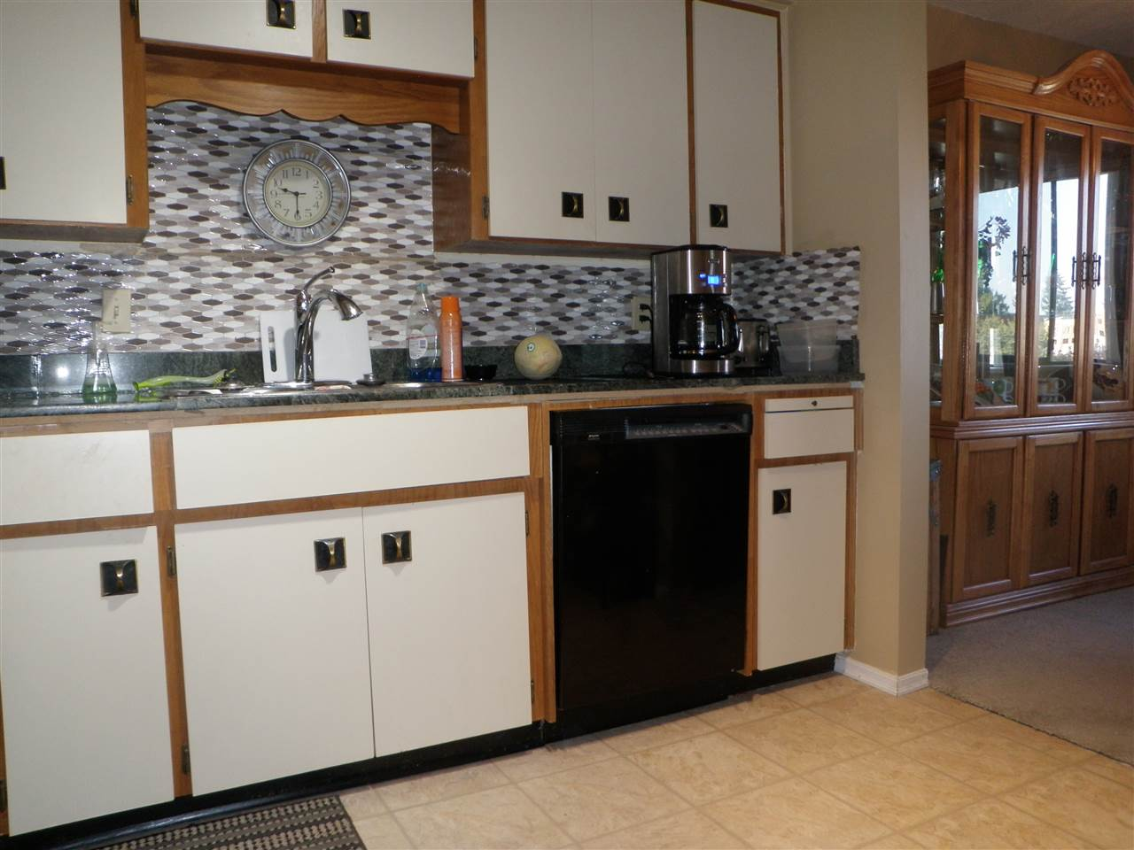 Condo Apartment at 306 32885 GEORGE FERGUSON WAY, Unit 306, Abbotsford, British Columbia. Image 10
