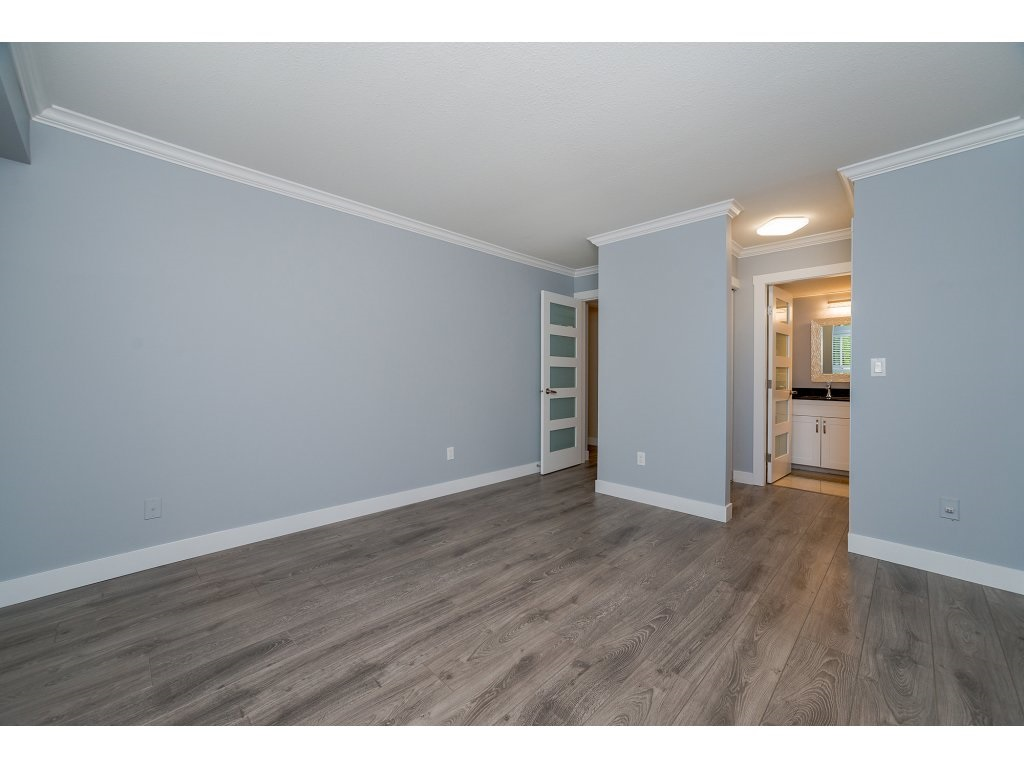Townhouse at 2 6467 197 STREET, Unit 2, Langley, British Columbia. Image 12