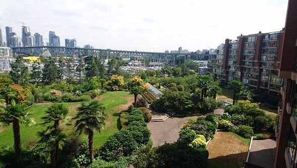 Condo Apartment at 509 1470 PENNYFARTHING DRIVE, Unit 509, Vancouver West, British Columbia. Image 2