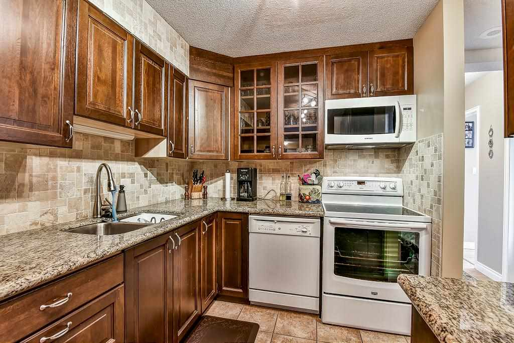 Condo Apartment at 1101 13880 101 AVENUE, Unit 1101, North Surrey, British Columbia. Image 7