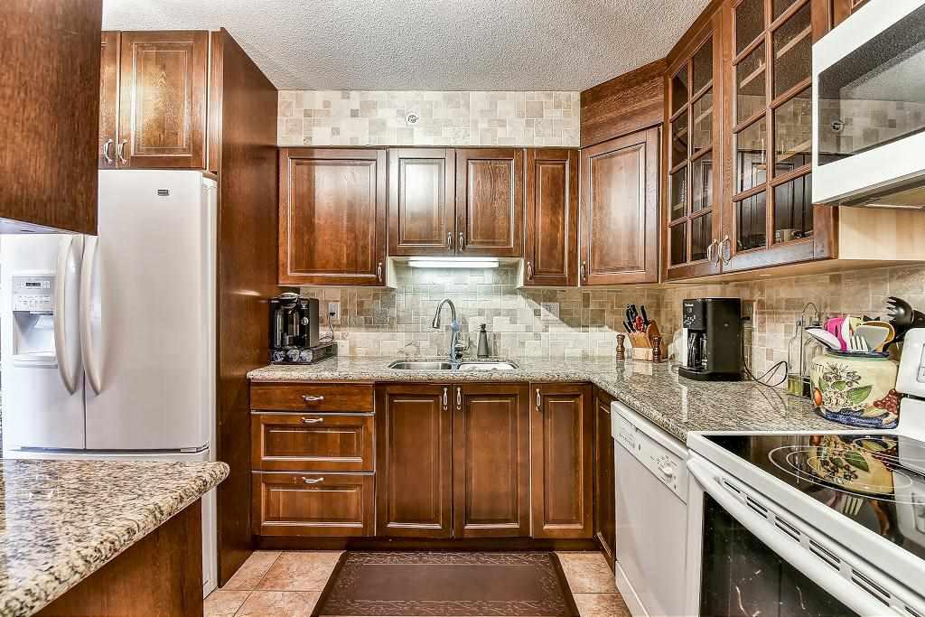 Condo Apartment at 1101 13880 101 AVENUE, Unit 1101, North Surrey, British Columbia. Image 9
