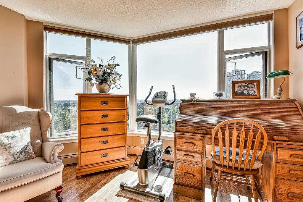 Condo Apartment at 1101 13880 101 AVENUE, Unit 1101, North Surrey, British Columbia. Image 12