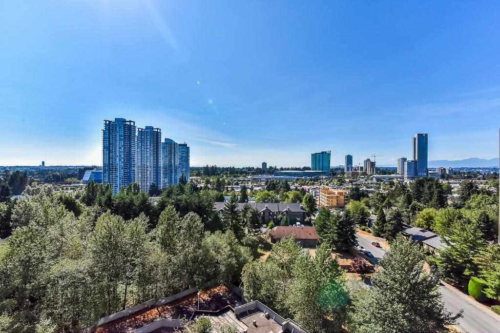 Condo Apartment at 1101 13880 101 AVENUE, Unit 1101, North Surrey, British Columbia. Image 17