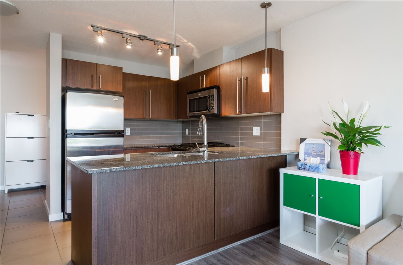 Condo Apartment at 2005 4888 BRENTWOOD DRIVE, Unit 2005, Burnaby North, British Columbia. Image 2