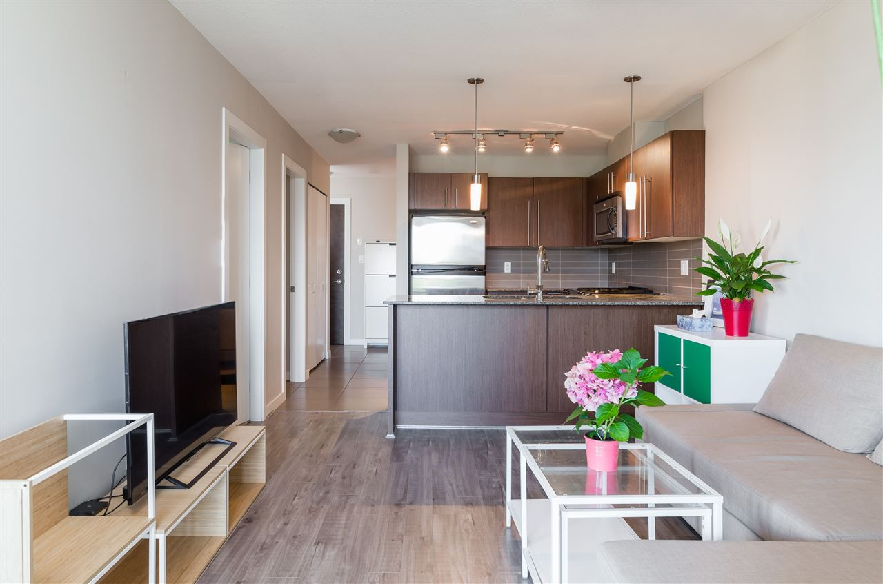 Condo Apartment at 2005 4888 BRENTWOOD DRIVE, Unit 2005, Burnaby North, British Columbia. Image 4