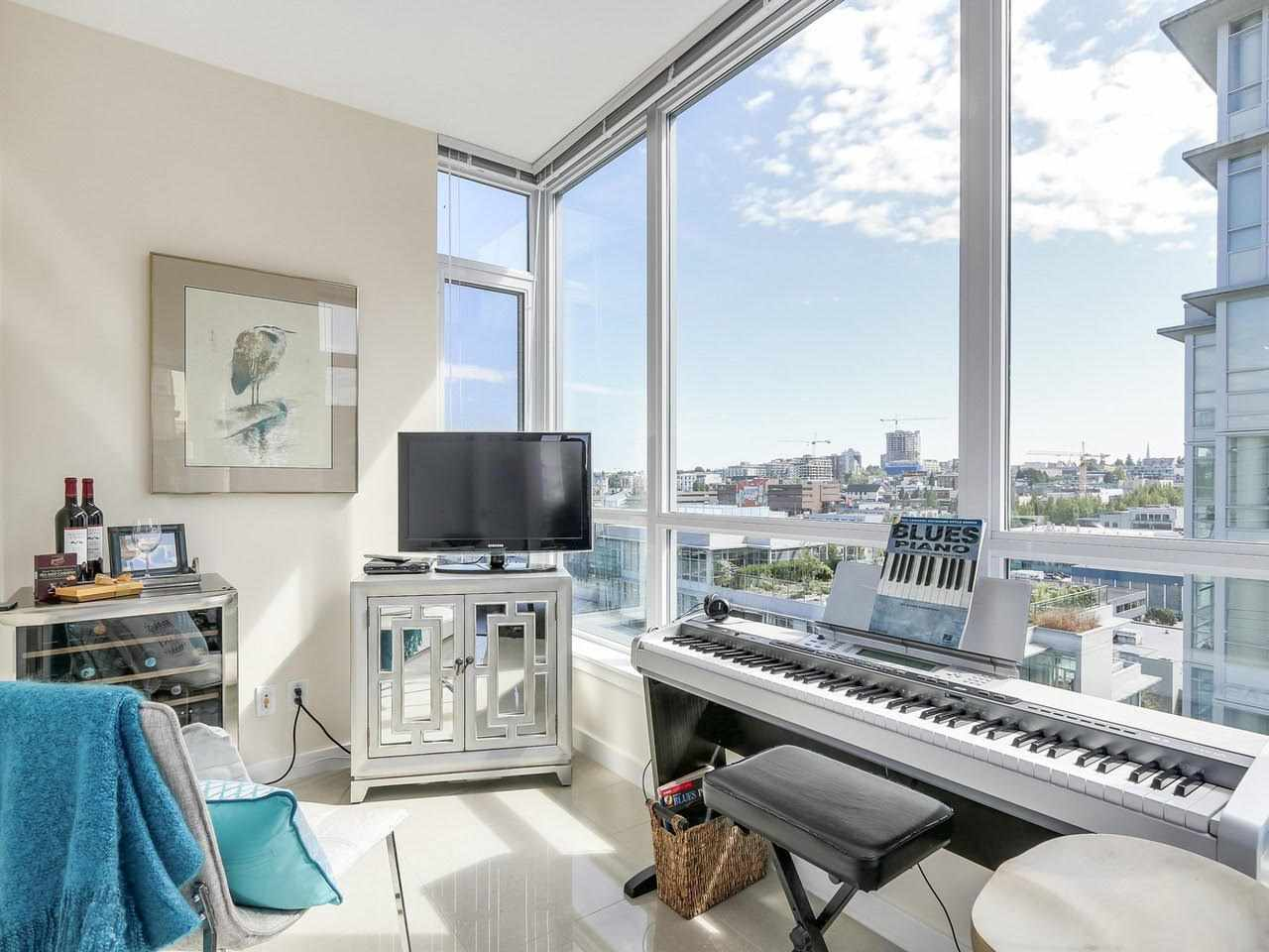 Condo Apartment at 1201 88 W 1ST AVENUE, Unit 1201, Vancouver West, British Columbia. Image 6
