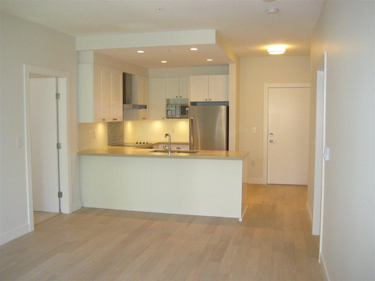 Condo Apartment at 325 3399 NOEL DRIVE, Unit 325, Burnaby North, British Columbia. Image 3