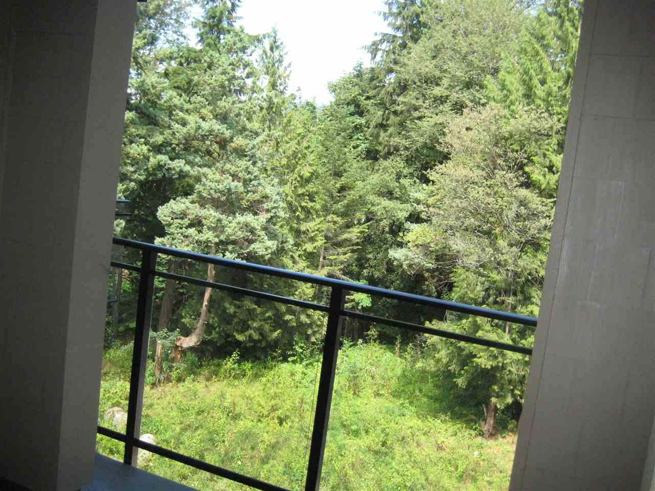 Condo Apartment at 325 3399 NOEL DRIVE, Unit 325, Burnaby North, British Columbia. Image 7