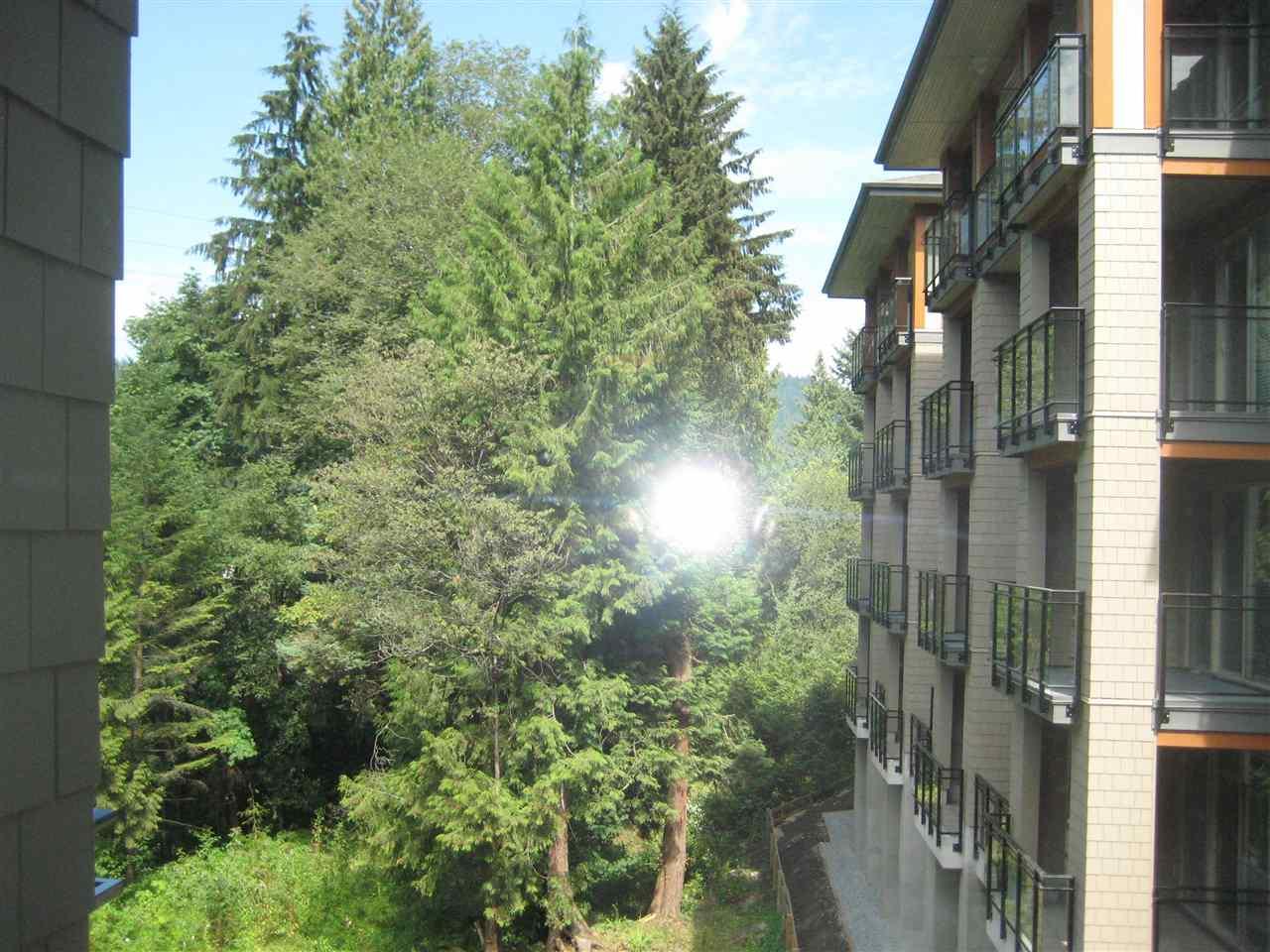 Condo Apartment at 325 3399 NOEL DRIVE, Unit 325, Burnaby North, British Columbia. Image 8