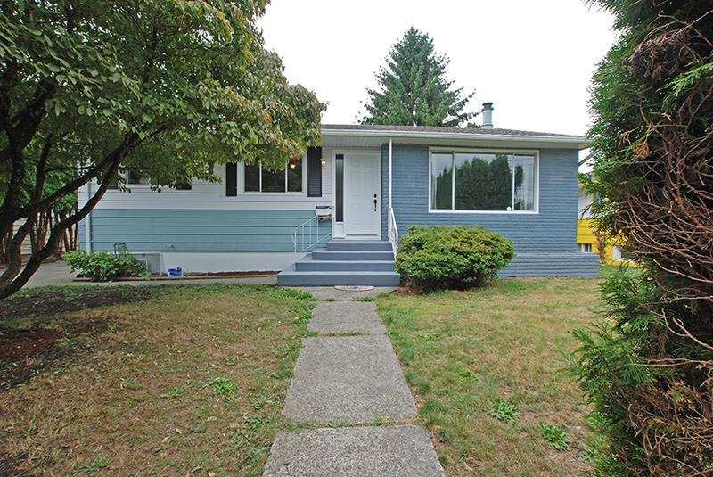 Detached at 9283 BROADWAY ROAD, Chilliwack, British Columbia. Image 1