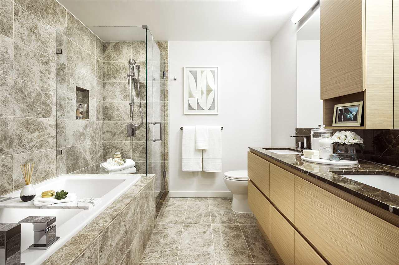 Condo Apartment at 302 300 MORRISSEY ROAD, Unit 302, Port Moody, British Columbia. Image 6