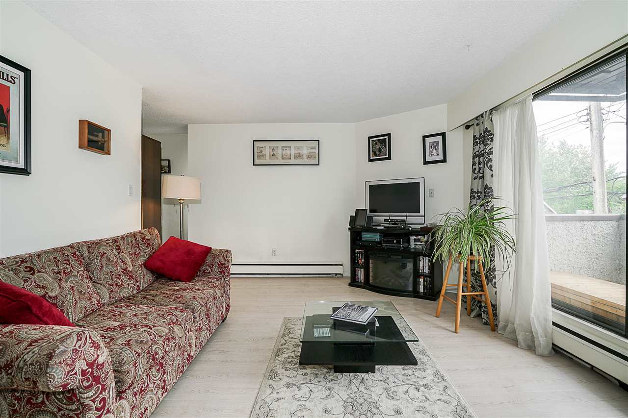 Condo Apartment at 207 391 E 7TH AVENUE, Unit 207, Vancouver East, British Columbia. Image 5