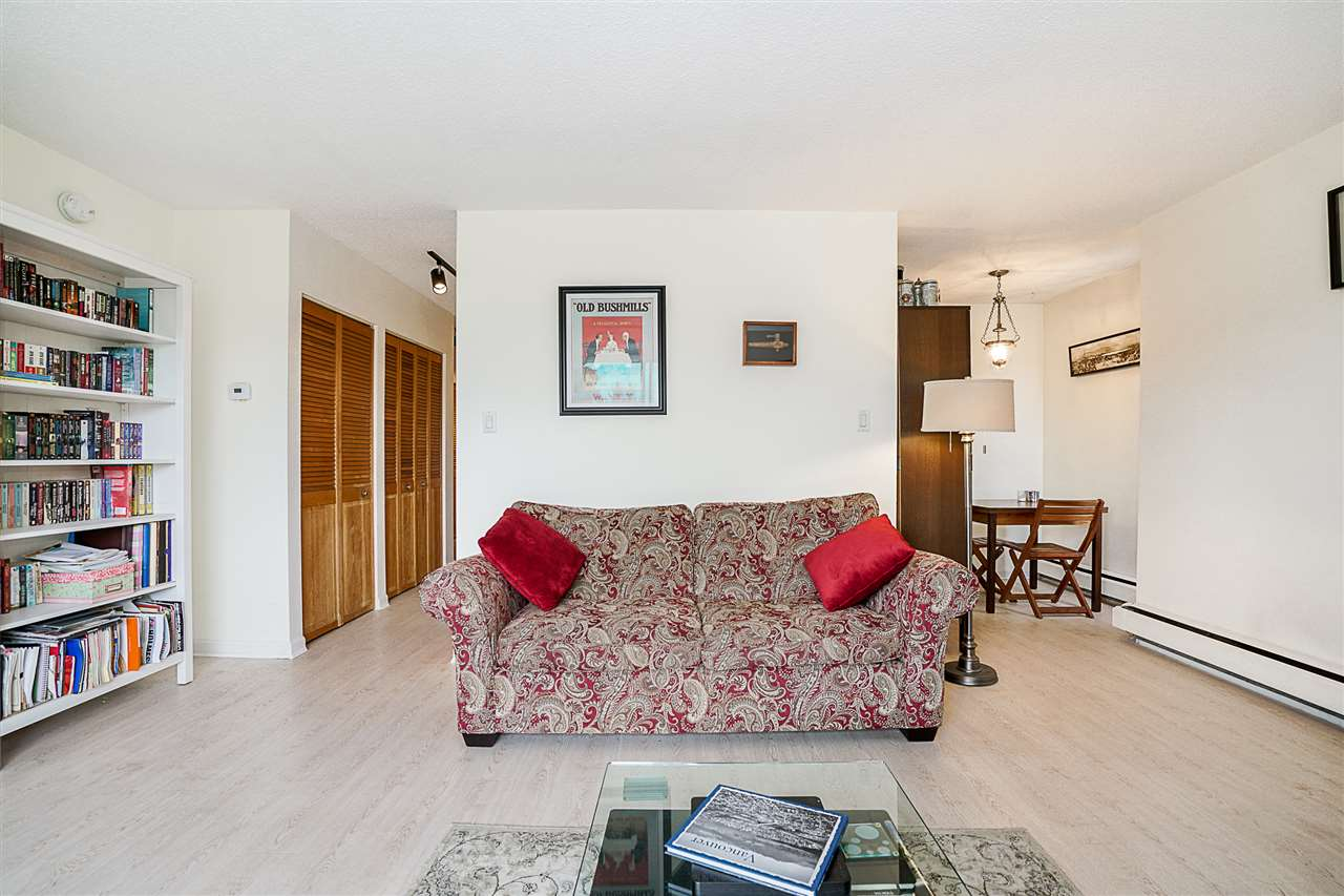 Condo Apartment at 207 391 E 7TH AVENUE, Unit 207, Vancouver East, British Columbia. Image 6