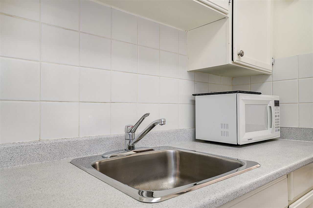 Condo Apartment at 207 391 E 7TH AVENUE, Unit 207, Vancouver East, British Columbia. Image 11