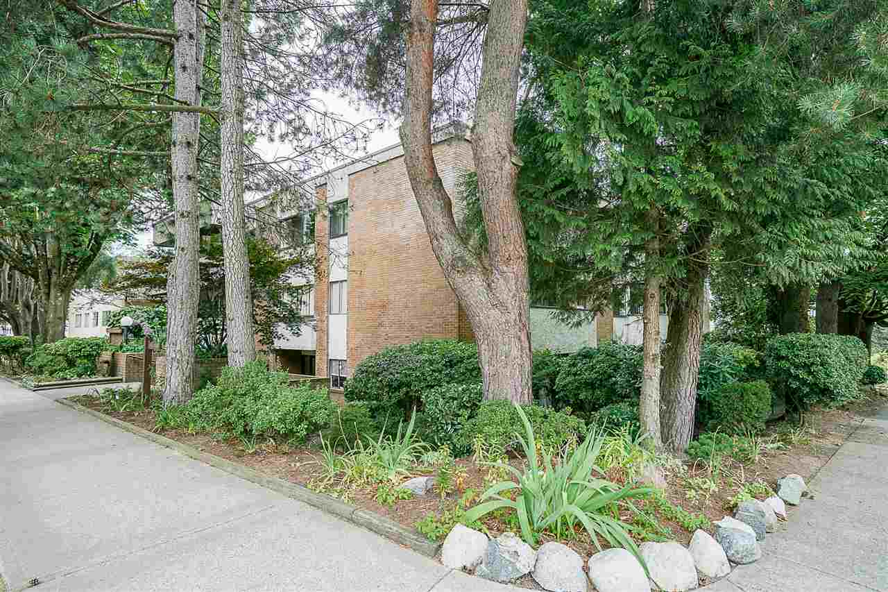 Condo Apartment at 207 391 E 7TH AVENUE, Unit 207, Vancouver East, British Columbia. Image 20