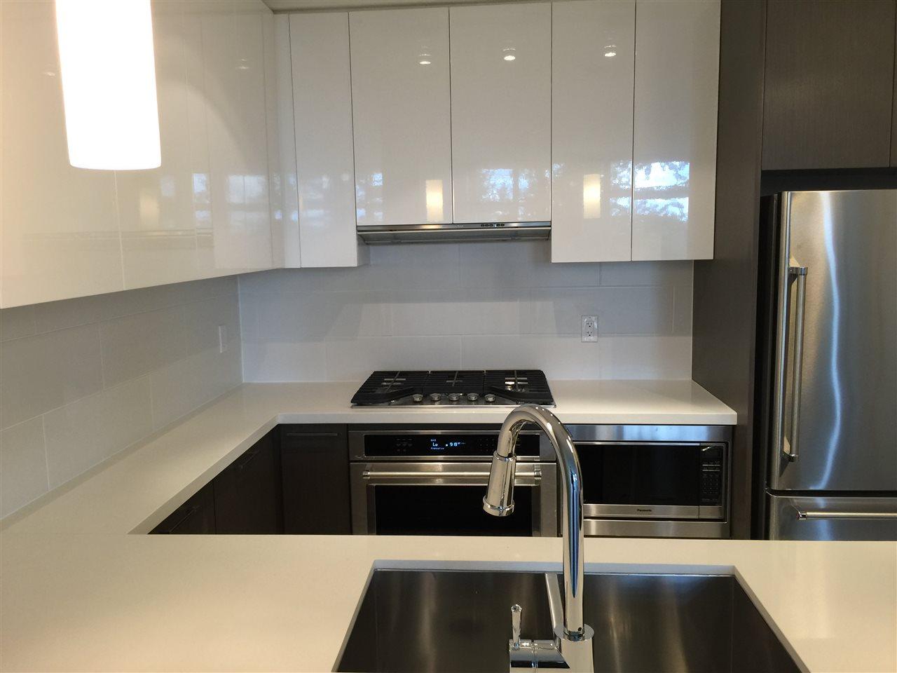 Condo Apartment at 1105 3080 LINCOLN AVENUE, Unit 1105, Coquitlam, British Columbia. Image 4